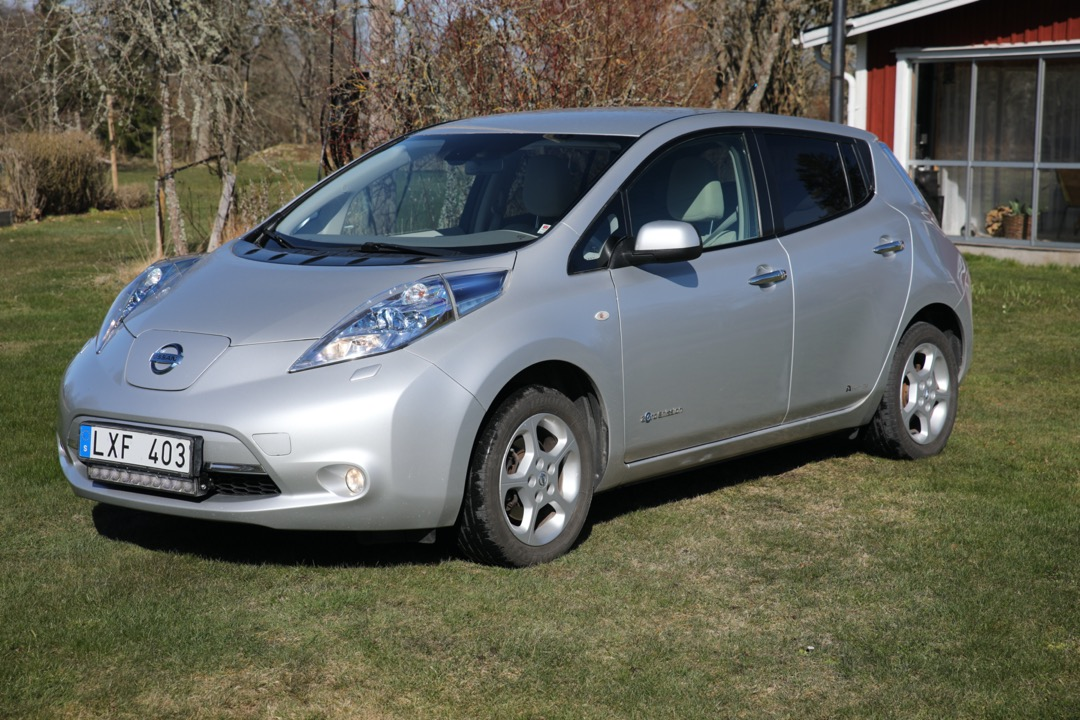 Nissan Leaf 24 kWh 110 hk LXF403
